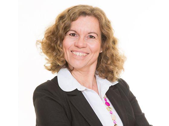Isabelle Haslinger, Trade Marketing Manager und Nachhaltigkeits-Botschafterin bei Henkel