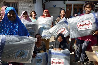 We donated food and various items which benefited around 2,700 persons from 675 households.