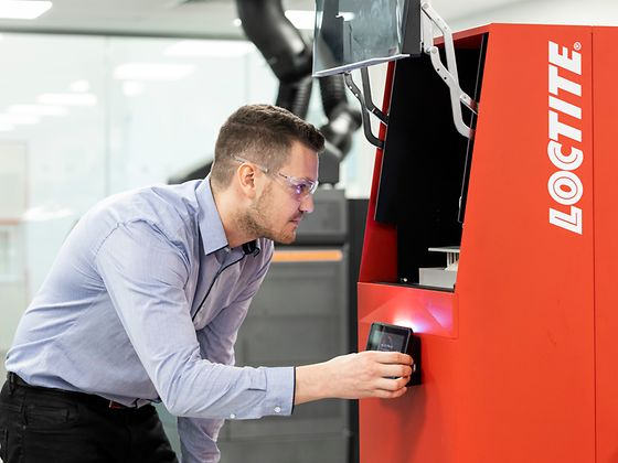In the Henkel Innovation and Interaction Center in Dublin, Ireland, Loctite products are used for 3D printing.