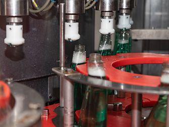 2019 startete in Wien die Produktion für Clin Pro Nature mit 99,9 Prozent natürlichen Inhaltsstoffen.